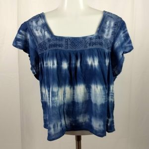 Hollister Size Small Blue/White Tie Dye Crop Top
